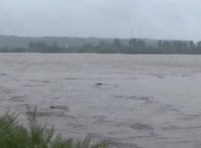 川陕等地降雨持续 多条河流超警