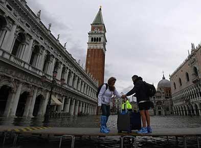 威尼斯洪灾持续