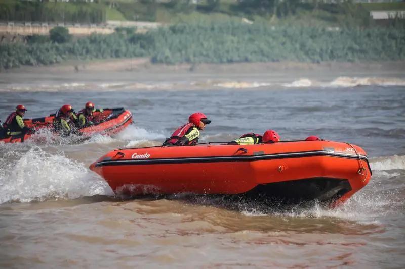 川滇消防救援队伍开展水域救援实战技术交流