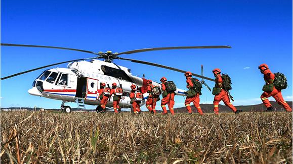 黑龙江省森林消防总队大兴安岭地区支队开展乘机巡护