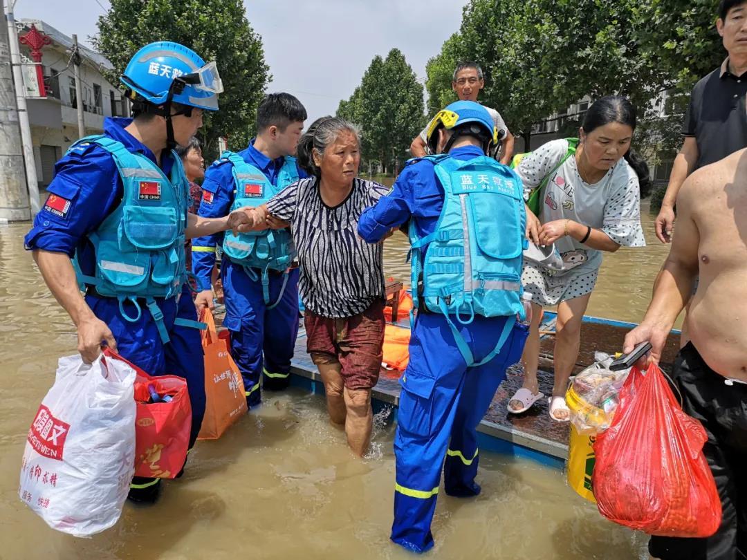 抢险救灾,社会力量不缺席